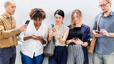 Millennials using Twitter web chat
